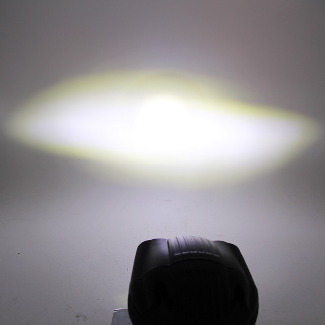 2000 Lumen Small Led Work Light 992A